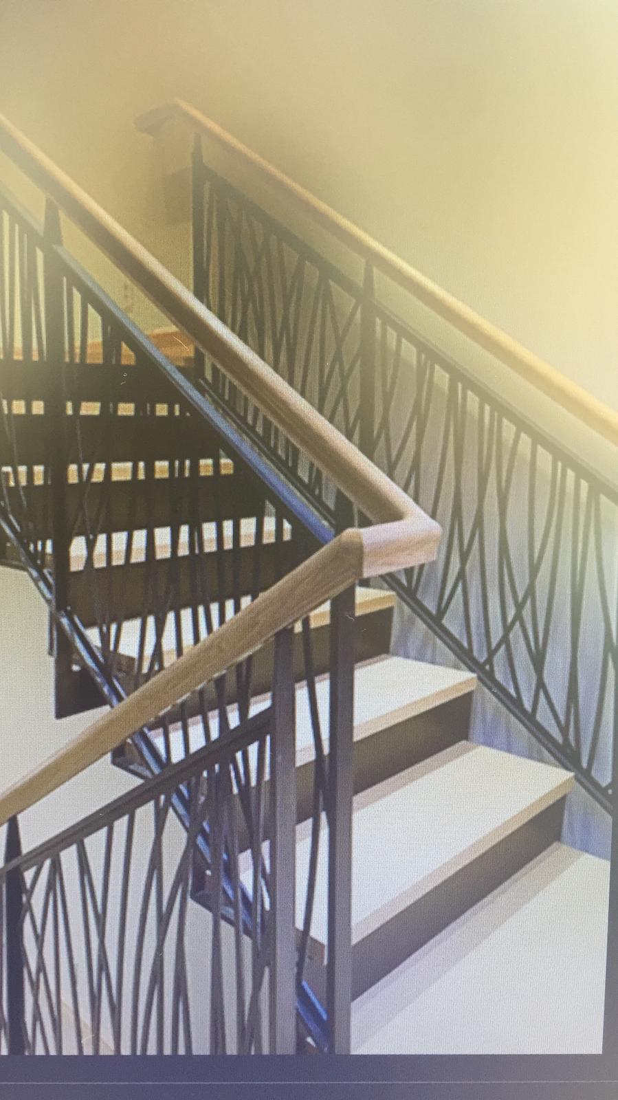 Lazer kesim ahşap küpeşteli merdiven korkuluk